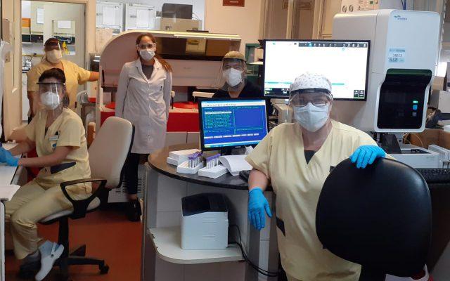 Mi equipo y yo: cómo trabajamos en épocas de Covid-19 en mi sector. Hoy, Laboratorio.